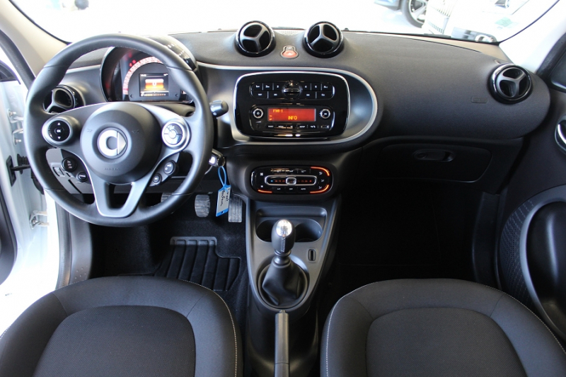 Photo 4 de l'offre de SMART FORFOUR 71CH PASSION à 8990€ chez BMC Autos 47