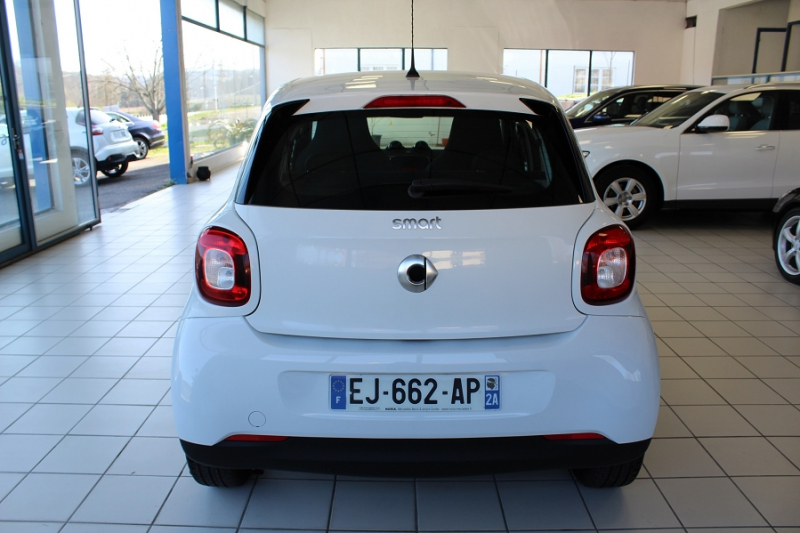 Photo 13 de l'offre de SMART FORFOUR 71CH PASSION à 8990€ chez BMC Autos 47